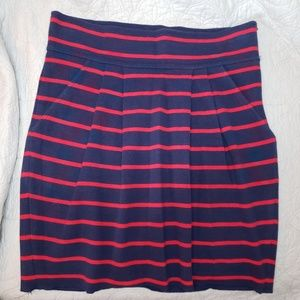Navy blue & red stripe pleated skirt with pockets!